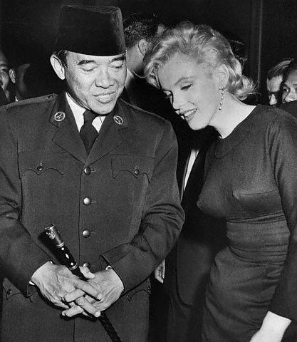 President Sukarno Gold With President Sukarno