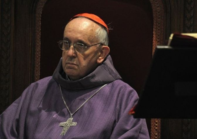 Jesuit Bergoglio Admits ET/ UFO Facts to Avoid Arrest