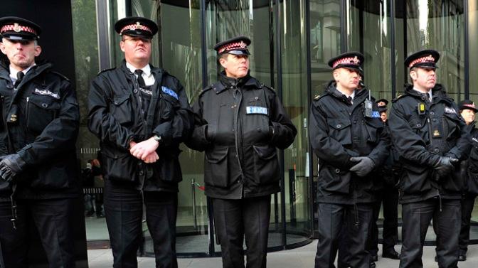 uk-paedophile-arrest-operation.si