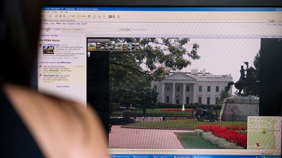 assange-schmidt-interview-google-.si