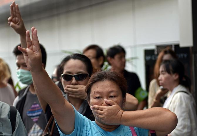 """What CNN Isn't Saying About Thailand's """"Hunger Games"""" Protest"""