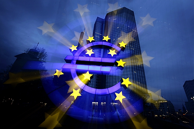 ECB Pulls The Trigger: Blocks Funding To Greece