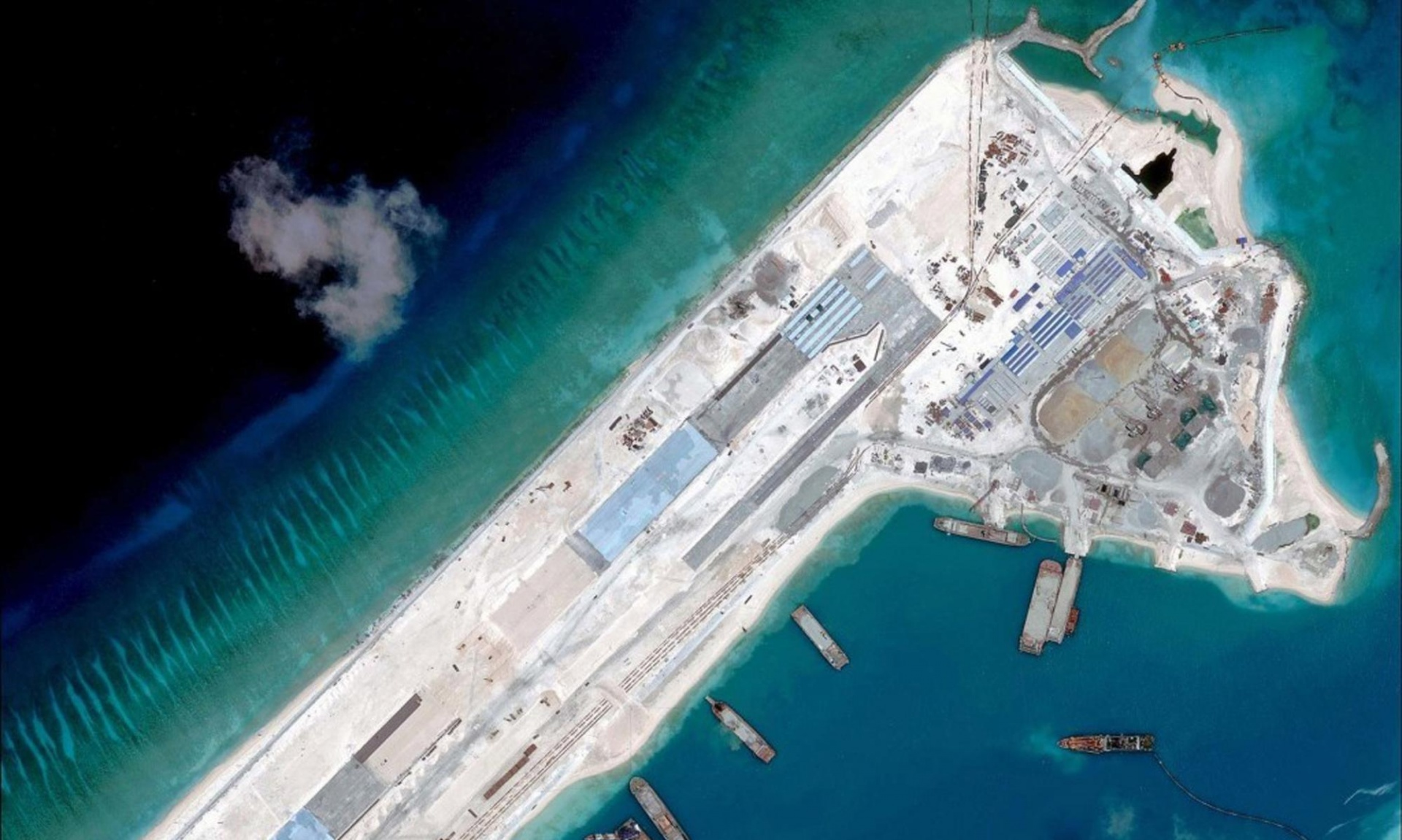 china construction in the spratly's