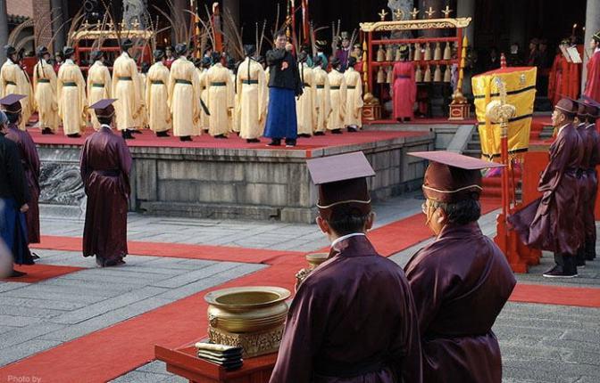 Xi Jinping's New Silk Road: Reviving Confucian Culture