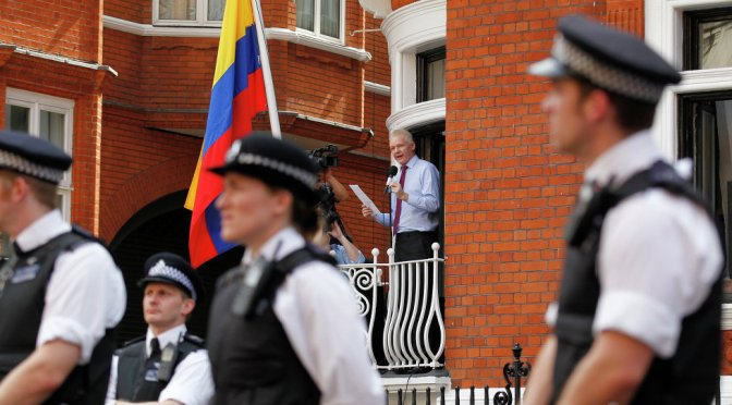 London Ends Stakeout vs. Assange at Ecuadorian Embassy