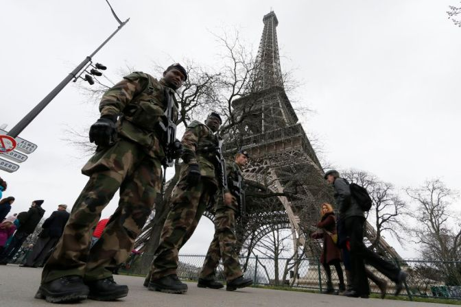 Friday 13th Paris Attacks: Hollande Government as the Prime Suspect