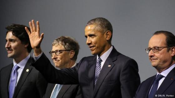 obama with bill gates at paris climate summit