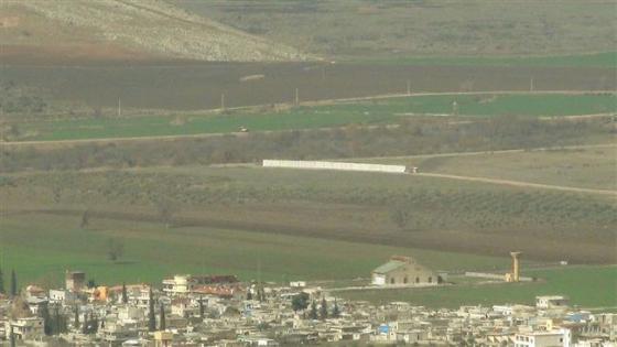 Turkey Army constructing wall2