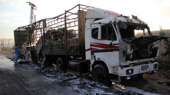damaged-truck-carrying-aid-fo-aleppo