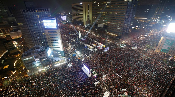 1.5 Million South Koreans Demand US Puppet Park Geun-hye to Step Down