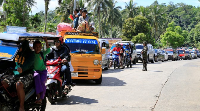 Muslims Risking Lives to Protect Christians from ISIS-Maute Terrorists in Marawi