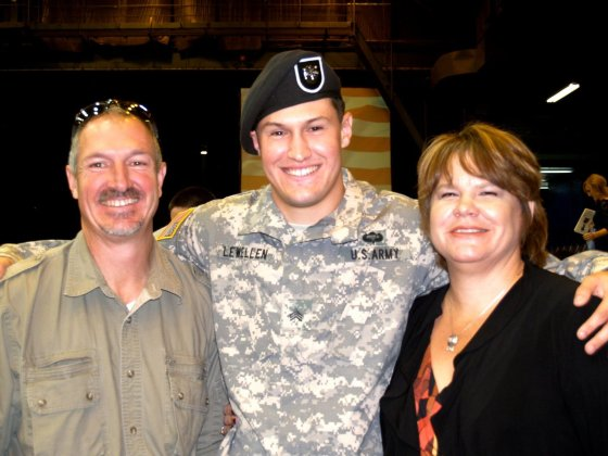 SFC Matthew Lewellen with his parents