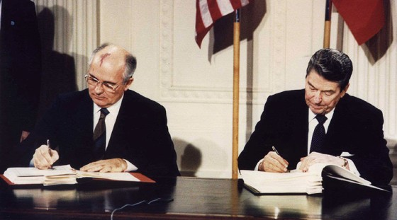 US President Ronald Reagan (R) and Soviet President Mikhail Gorbachev signing the Intermediate-Range Nuclear Forces (INF) treaty at the White House, on December 8 1987 © Reuters